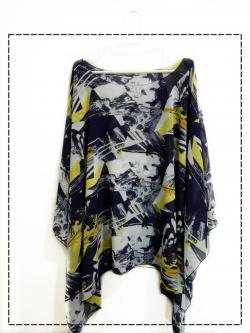 Handkerchief Chiffon Blouse Free Size กราฟิกสีกรมท่าปนเหลือง