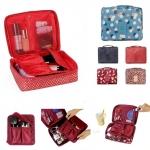 Grand Multi Pouch กระเป๋าจัดระเบียบอเนกประสงค์ สีฟ้า ลายดอกเดซี่ ใส่ของใช้ต่างๆ สำหรับเดินทาง