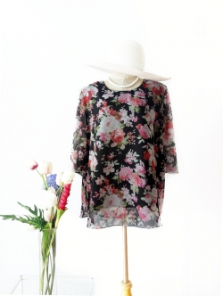 เสื้อชีฟอง size 48 สีดำลายดอก