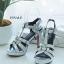 รองเท้าส้นสูงรัดส้นยิปแซงวัสดุหนังเงาสะท้อนแสง thumbnail 7