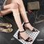 รองเท้าส้นสูงรัดส้น สูงประมาณ 2 นิ้ว วัสดุหนังเงาด้านแต่โลหะแวววาว thumbnail 1