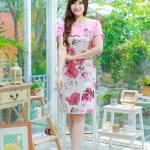 3 Size= XL,3XL,5XL ชุดเดรสสาวอวบ++ผ้า Korea Print จุดเด่นของชุดนี้อยู่ที่ลวดลายบนผ้า พื้นขาวลายกุหลาบชมพู