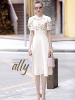เสื้อผ้าแฟชั่นเกาหลี Lady Ribbon Thailand Normal Ally Present Embroider Flower Dior new collection 2018 Dress