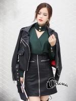 เสื้อผ้าแฟชั่นเกาหลี Cliona made GIVENCH$ Stylish V Shirt