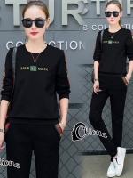 เสื้อผ้าแฟชั่นเกาหลี Cliona made Gucc# Beez Winter Sportswear Set