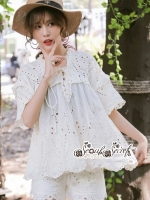 เสื้อผ้าแฟชั่นเกาหลี Lady Ribbon Thailand Seoul Secret Say'...Lace Embroidered Cotton Blouse White Circle Korea Style
