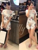 เสื้อผ้าแฟชั่นเกาหลี Normal Ally Present Spring print and 3D flower playsuit by K.S brand