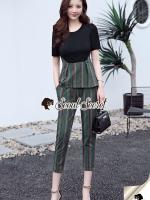 เสื้อผ้าแฟชั่นเกาหลี Seoul Secret Say's... Girly Worky Smart Stripe Set