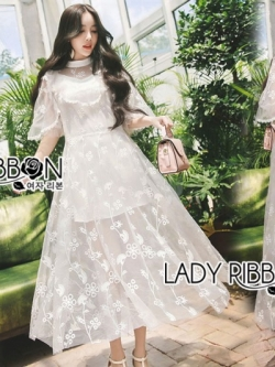 เสื้อผ้าแฟชั่นเกาหลี Lady Ribbon's Made Lady Natalie Little Princess High-Neck White Lace Long Dress