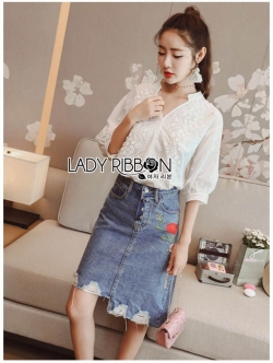 เสื้อผ้าแฟชั่นเกาหลี Lady Ribbon's Made Lady Harper Sweet Vintage Laser-Cut Embroidered White Cotton Top