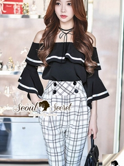 Seoul Secret Say's .... Cuty Scotty H-Waist Pants With Shoulder Off Blouse Set