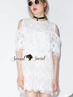 Seoul Secret Say's .... Angella OpenShoulder Curvlu Lace Dress