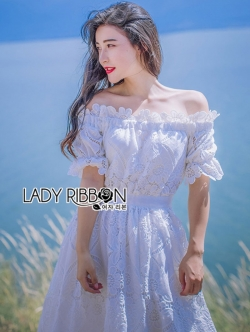 เสื้อผ้าแฟชั่นเกาหลี Lady Ribbon's Made Lady Julienne Country Chic Off-Shoulder White Lace Dress