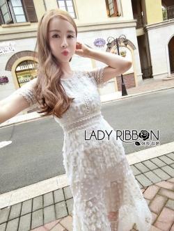 เสื้อผ้าแฟชั่นเกาหลี Lady Ribbon Thailand Lady Ribbon's Made Lady Penelope Pure Little Daisy Embroidered Maxi Dress