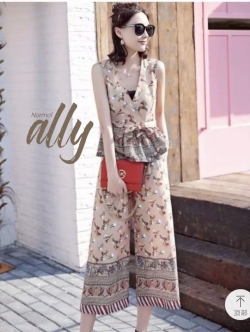 เสื้อผ้าแฟชั่นเกาหลี New Arrival.. Don't Miss!! Normal Ally Present Asian unique print shirt and pant set