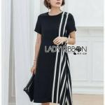 Lady Ribbon Black Dress เดรสสีดำลายทาง