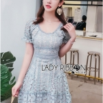 Lace Dress เดรสสั้นผ้าลูกไม้สีฟ้าสดตกแต่งระบายสไตล์เฟมินีน
