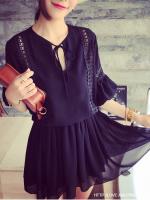 ชุดเดรสสีดำเอวจั้มยางยืดแต่งโครเชตามแนวเสื้อและแขนเสื้อ