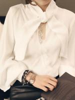 เสื้อแฟชั่นแขนยาวช่วงคอเสื้อแต่งเป็นโบว์ผูกช่วงไหล่เสริมฟองน้ำ