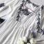 เสื้อคลุมตัวสั้นเป็นทรงปล่อยเนื้อผ้าคอตตอนเนื้อนุ่มแบบโปร่ง ทรงคอวีลึก thumbnail 11