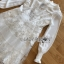 เดรสผ้าชีฟองสีขาวตกแต่งงาน thumbnail 7