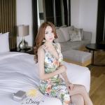 ชุดเดรสแฟชั่น เดรสเกาหลีพิมพ์ลายดอกไม้และไม้ไม้ โทนสีไม่จัด