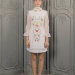 ชุดเดรสแฟชั่น เดรสเกาหลี เดรสกระโปรงยาว ทรงสอบ ผ้า cottonสีขาว
