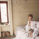 เสื้อเชิ้ตจั้มยางยืดแขนพอง 2 ท่อนตีเกล็ดอก งานแบรนด์ Johanna Ortiz ดีเทลเนื้อผ้า Polyester เนื้อนุ่มน่า