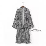 เสื้อแฟชั่นเกาหลี เสื้อคลุมยาว ZARA ผ้าพิมพ์ลายทางขาวสลับดำ