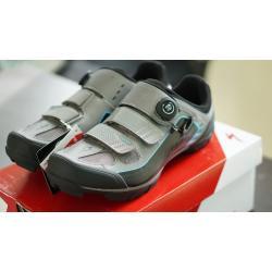 รองเท้า SPECIALIZED COMP MTB สีไททาเนียม/ดำ 44/10.6