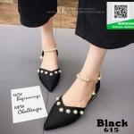 รองเท้าคัทชูส้นเตี้ยสีดำ หัวแหลม แต่งมุก (สีดำ )