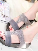 รองเท้าเพื่อสุขภาพสีเทา Soft Sandals (สีเทา )