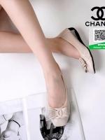 รองเท้าคัทชูหัวตัดสีครีม หนังนิ่มมีรูระบายอากาศ (สีครีม )