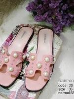รองเท้าแตะแบบสวมสีชมพู แต่งมุกเม็ดใหญ่ สไตล์Hermes (สีชมพู )