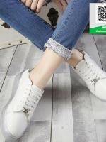 รองเท้าผ้าใบสีขาว สไตล์ michael kors Top Trainers ส้นเงิน (สีขาว )