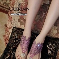 รองเท้าแตะรัดส้นประดับเพชร Guerlain (สีม่วง)