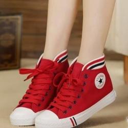 รองเท้าผ้าใบสีแดง ลำลองหุ้มข้อ รุ่นฮิตขายดีมากๆ ทรงสวยเรียบร้อย สวมง่าย แฟชั่นเกาหลี แฟชั่นพร้อมส่ง