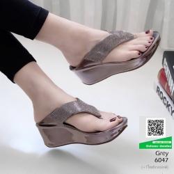 รองเท้าเตารีด เสริมส้นหูคีบ หน้าเพรชวิ้งๆ 6047-เทา [สีเทา]