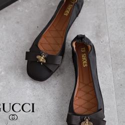 รองเท้าคัทชูส้นเตี้ย หัวมน แต่งโบว์ (สีดำ)
