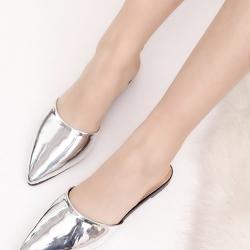 รองเท้าส้นเตี้ยสีเงิน ทรงหัวปิด งานสไตล์ZARA หนังพียูเมทาลิค ใส่สบาย หน้าเท้าอวบกว้าง+1ไซส์จากปกติ