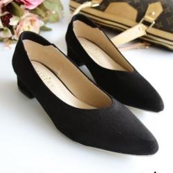 รองเท้าคัทชูส้นสูง หัวแหลม ทรงสุภาพ (สีดำ )