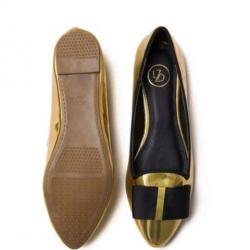 รองเท้าคัทชูสีทอง หนังพียูเกรดเอ+ อะไหล่อย่างดี งานสวยระดับหลักพัน แต่ราคาหลักร้อย ใส่สบายทุกคู่