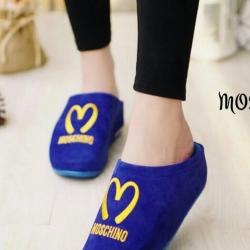รองเท้าแตะเพื่อสุขภาพสีน้ำเงิน ใส่ได้ทั้งในบ้านและนอกบ้าน
