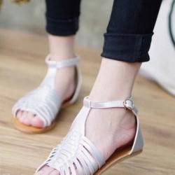 รองเท้าแตะรัดส้น งานหนังสาน แนววินเทจ (สีครีม)