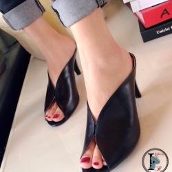 รองเท้าส้นสูงเปิดส้น แบบสวม หนังนิ่ม (สีดำ )