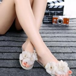 รองเท้าแตะสีครีมนู้ด ซิลิโคน Melissa งานนำเข้าพื้นตีแบรนด์ สวยเป๊ะ คู่นี้ใส่สบายลุยน้ำ ลุยฝนได้จ้า