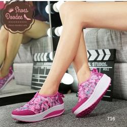 """รองเท้าผ้าใบสีชมพู แฟชั่น ดีไซน์สวยแต่งแถบข้าง """"N"""" วัสดุผ้าตาช่าย มีน้ำหนักเบา สูงหน้า3ซม. ส้นสูง4.5ซม."""