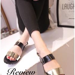 รองเท้าแตะสีทองแบบมีสายรัดปรับระดับได้ เสริมส้นสูง1นิ้ว