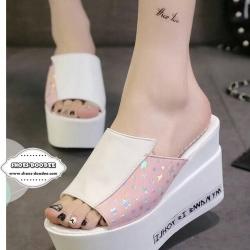 รองเท้าส้นเตารีดสีชมพู เปิดหัว สไตล์เกาหลี วัสดุรองเท้าทำจากหนังแก้ว พื้นพียู น้ำหนักเบา เท้าอวบกว้างบวก1