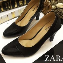 รองเท้าส้นสูงสีดำ รองเท้าสไตล์งานซ่าร่า มาพร้อมพื้นตีแบรนด์ ส้นสูง3นิ้ว ทำจากหนังนิ่ม
